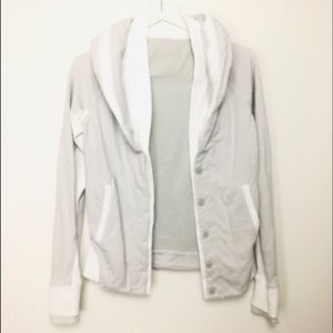 Lululemon Athletic women's gray and white …